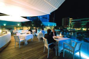 Hotel Waldorf- Premier Resort, Hotely  Milano Marittima - big - 84