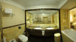 Отель Швейцарский - фото 8