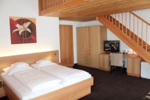 Gasthof zum goldenen Löwen, Penziony – hostince  Nauders - big - 6