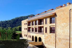 Apartamentos Spa Villa Pasiega