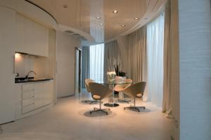 Hotel Waldorf- Premier Resort, Hotely  Milano Marittima - big - 40