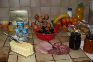 Chambres et Tables d'hôtes à l'Auberge Touristique, Bed & Breakfast  Meuvaines - big - 49