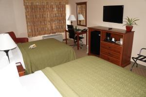 Quality Inn & Suites Near Fairgrounds & Ybor City, Hotels  Tampa - big - 13