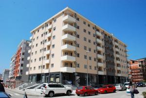Azzuro Lux Apartments
