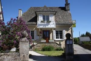 Logis Auberge de Saint Julien Aux Bois