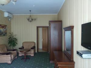 Гостиница Статус, Отели  Полтава - big - 9