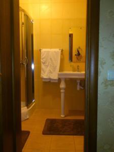 Гостиница Статус, Отели  Полтава - big - 2