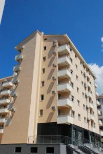 Apartments Tipon