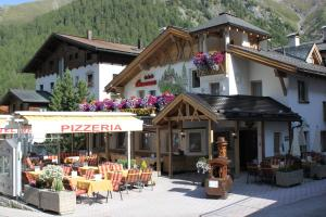 Hotel Camona & Apart Walserhof
