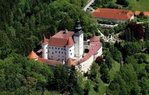 Schlossbrauerei Weinberg - Erste o�. Gasthausbrauerei