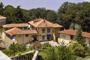 Nearby hotel : Hotel Villa Beccaris