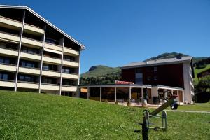 Apparthotel Panorama Obersaxen