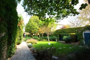 Best Western Le Donjon, Hotely  Carcassonne - big - 30