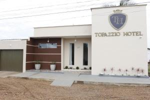 Nearby hotel : Topazzio Hotel