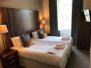 Эдинбург - 28 York Place Hotel
