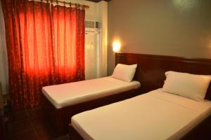 Hotel Carmen at NVC, Hotels  Kalibo - big - 68