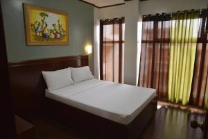Hotel Carmen at NVC, Hotels  Kalibo - big - 72