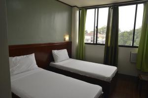 Hotel Carmen at NVC, Hotels  Kalibo - big - 53