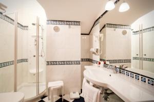 Hotel Savoy, Szállodák  Caorle - big - 34