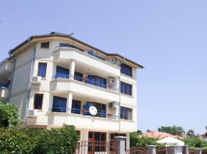 Dream House Guest House