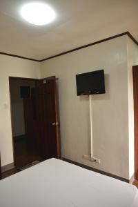 Hotel Carmen at NVC, Hotels  Kalibo - big - 37