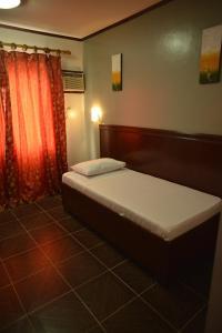 Hotel Carmen at NVC, Hotels  Kalibo - big - 18