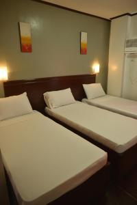 Hotel Carmen at NVC, Hotels  Kalibo - big - 12