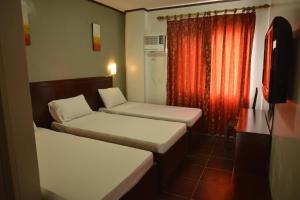 Hotel Carmen at NVC, Hotels  Kalibo - big - 11