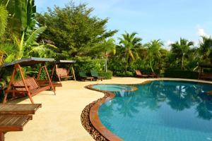 Yuwadee Resort, Курортные отели  Чалонг - big - 27