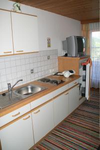 Haus Seiwald, Apartmanok  Niederau - big - 18