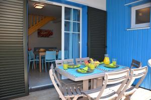 Grand Bleu Vacances – Résidence La Grenadine, Курортные отели  Марсейан - big - 5