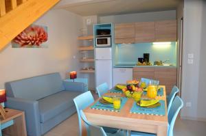 Grand Bleu Vacances – Résidence La Grenadine, Курортные отели  Марсейан - big - 4