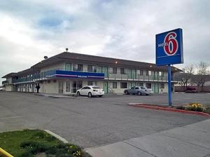 Nearby hotel : Motel 6 Ely