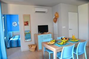 Grand Bleu Vacances – Résidence La Grenadine, Курортные отели  Марсейан - big - 17