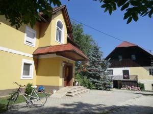Appartement Landhaus Felsenkeller, Apartmány  Sankt Kanzian - big - 57