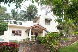 Hantana Holiday Resort