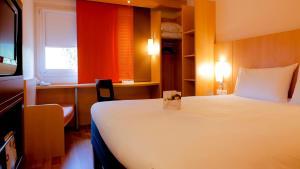 ibis Grenoble Centre Bastille - Hotel - Grenoble
