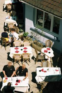 Le Cheval Noir Hôtel Paris Pantin