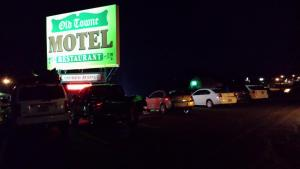 Old Towne Motel, Motel  Westby - big - 1