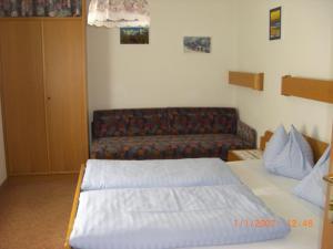 Ferienhäuser Thalbach, Ferienwohnungen  Heiligenblut - big - 11