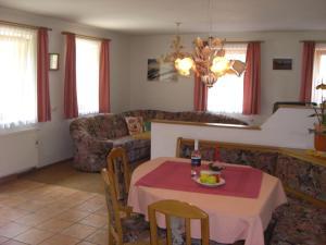 Ferienhäuser Thalbach, Ferienwohnungen  Heiligenblut - big - 4