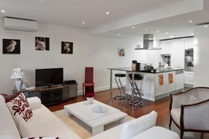 Lisbon Rentals Chiado, Appartamenti  Lisbona - big - 36