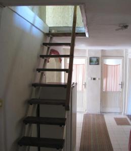 Simply Szálló, Гостевые дома  Балатонбоглар - big - 29