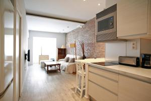 Gracia Barcelona Group Apartments