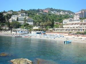 Taormina Bay Lucia's House