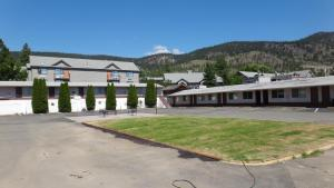 Sportmans Motel