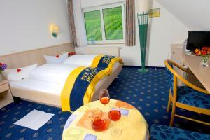Seehotel OFF, Hotely  Meersburg - big - 5