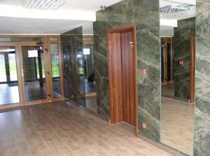 Apartmán pod Tatrami G 403, Апартаменты  Велька Ломница - big - 37