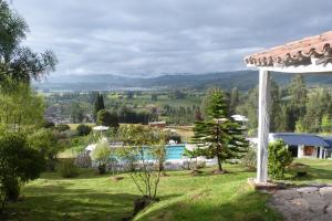 Miravalle Suites, Penziony – hostince  Paipa - big - 26