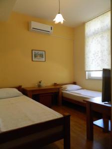 Pansion Centar, Bed & Breakfasts  Tuzla - big - 26